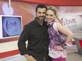 Renato Cardodo e Cristiane Cardoso (genro e filha de Edir Macedo), apresentadores do Programa Love School (Escola do Amor)