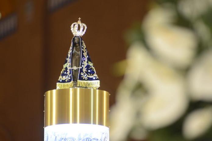 Imagem da santa católica Nossa Senhora de Aparecida