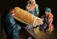 Presépio polêmico troca Jesus por folhado de salsicha
