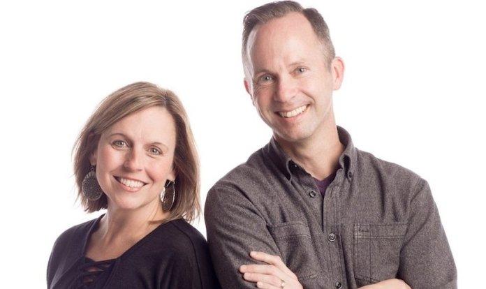 Pastor Greg Oliver e sua esposa têm um ministério que ajuda as pessoas a superar a pornografia