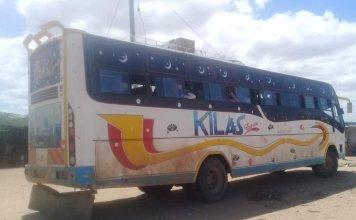 Ônibus Kilas que foi emboscado pelos terroristas do Al Shabaab