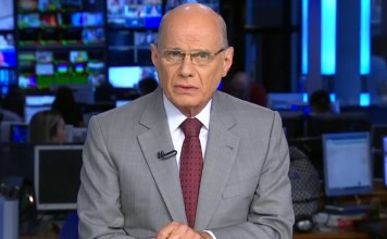 Jornalista Ricardo Boechat morreu no dia 11 de fevereiro de 2019 em um acidente de helicóptero.