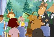 """No primeiro episódio de sua 22ª temporada, a série de desenhos """"Arthur"""" exibiu a cena de um casamento gay. (Imagem: PBS - Reprodução)"""