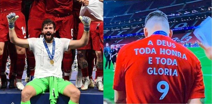 Alisson usa camiseta que ilustra a mensagem