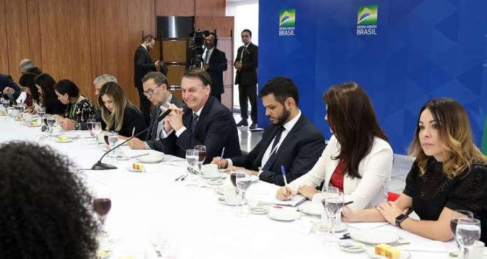 Bolsonaro se reuniu com jornalista na sexta-feira, 14 de junho (Foto: Marcos Correa/Presidência da República)