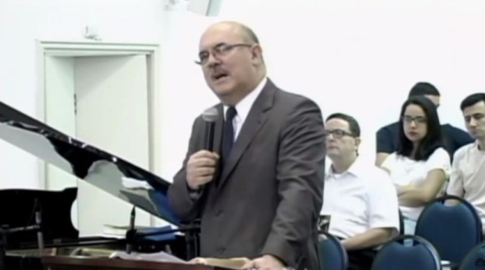 Reverendo Milton Ribeiro, da Igreja Presbiteriana de Santos