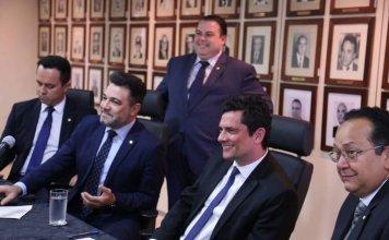 Sérgio Moro recebeu deputados da Frente Parlamentar Evangélica