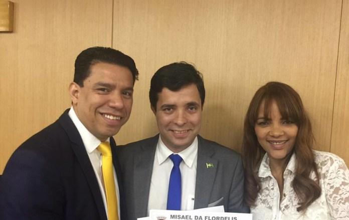 Pastor Anderson do Carmo, vereador Misael e a deputada Flordelis Foto: Reprodução