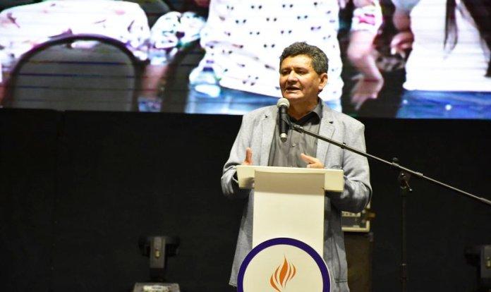 Presidente da feira, Francisco Everton, falou sobre a importância da ExpoEvangélica. (Foto: Irion Oliveira/Guiame)