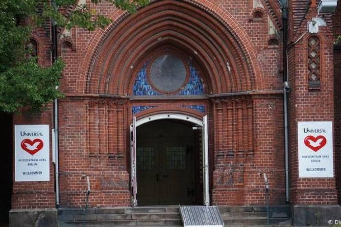 Sede da Igreja Universal do Reino de Deus no centro de Berlim - C. Neher/DW