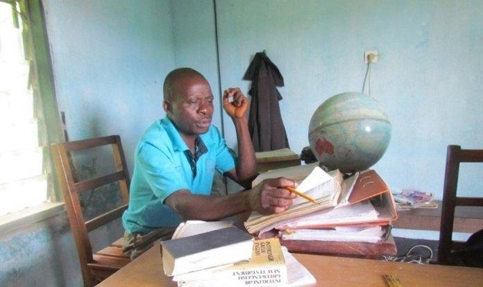 Benjamin Tem tinha 48 anos e trabalhava no projeto de tradução da Bíblia para o dialeto Aghem, falado em Camarões. (Foto: Aghem Bible Translation)