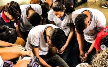 Estudantes de escolas do Nordeste brasileiro são impactados pelo Evangelho através da Convictos School. (Foto: Instagram/Convictos School)
