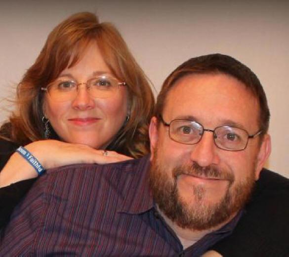 Pastor Mark Palenske e sua esposa Dena (Foto: Facebook / Mark Palenske)