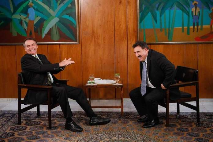 Presidente Jair Bolsonaro concede entrevista ao Programa do Ratinho, do SBT