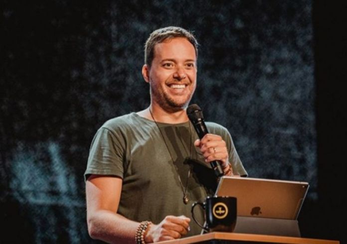 André Valadão é cantor e pastor da Igreja Batista da Lagoinha, em Orlando, EUA