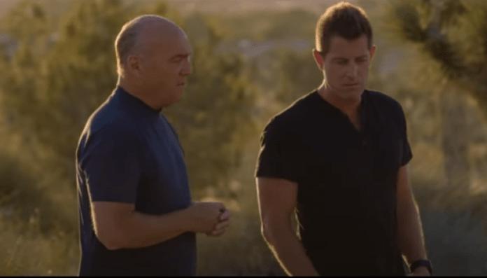 Greg Laurie e Jeremy Camp durante a cruzada evangelística