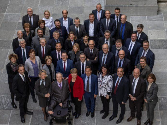 Políticos integrantes do Partido do Povo Cristão (CVP) da Suíça