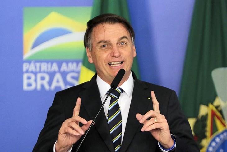 You are currently viewing Bolsonaro veta fundo eleitoral com aumento de R$ 5,7 bilhões