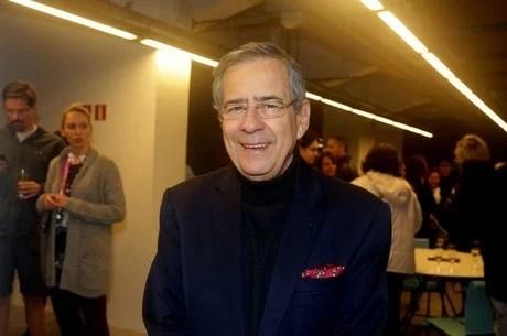 Read more about the article Jornalista Paulo Henrique Amorim morre aos 77 anos