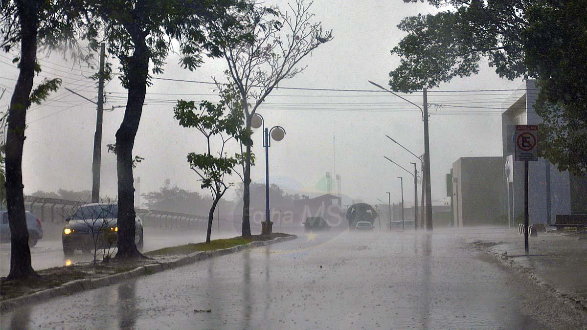 You are currently viewing Chuvas retornam com chance de grandes acumulados para região sul do Estado
