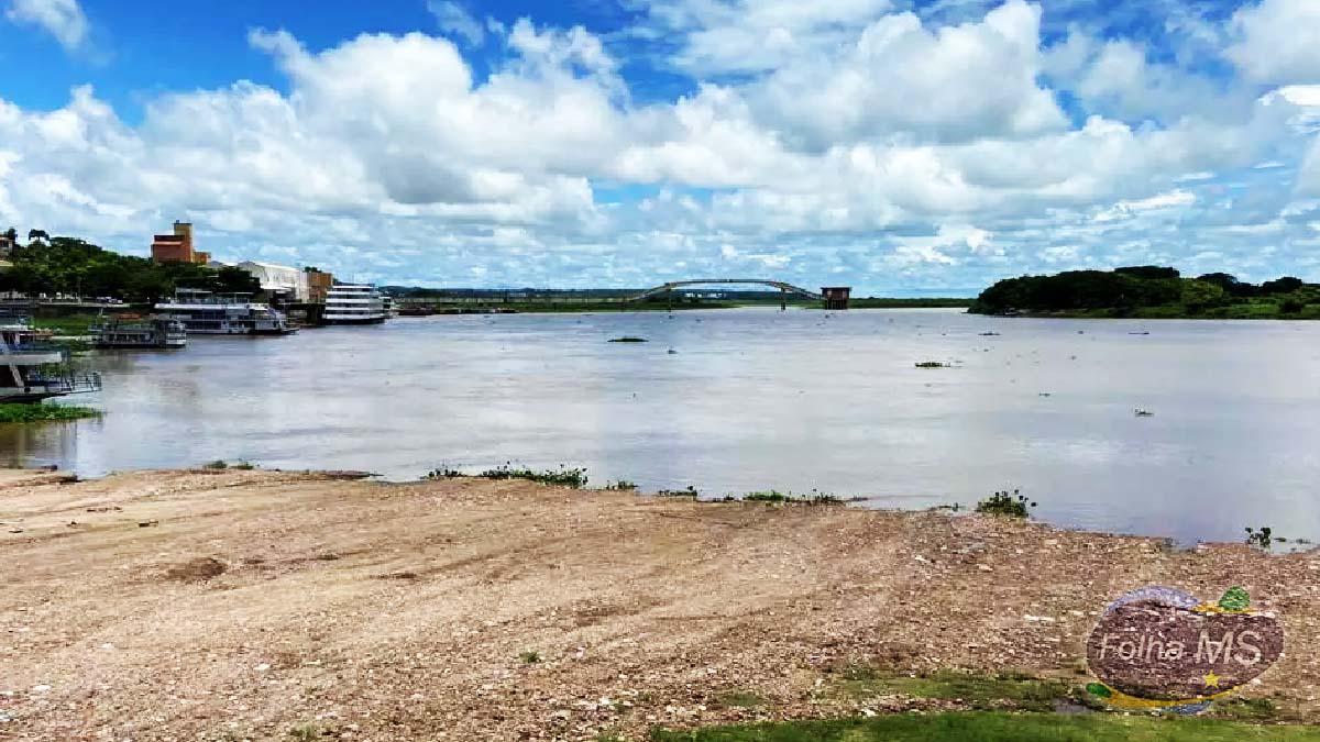 Read more about the article Além das queimadas, seca no Rio Paraguai preocupa quem vive da pesca e do turismo