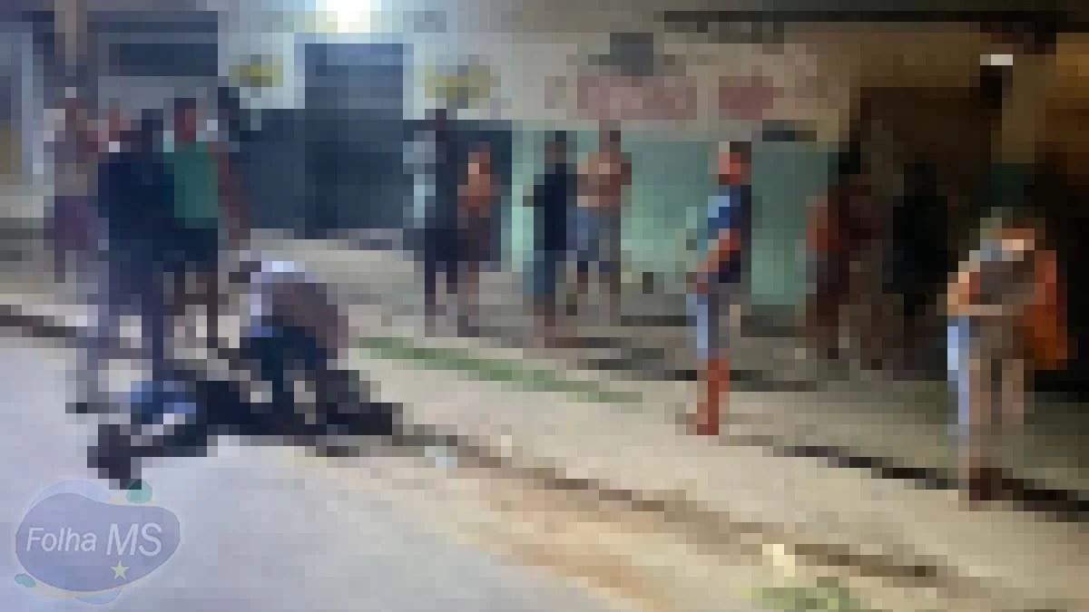 You are currently viewing Homem é morto a tiros em frente de conveniência em Corumbá