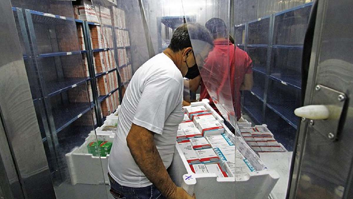 You are currently viewing Mato Grosso do Sul recebe mais 40.300 doses de vacina contra a Covid-19