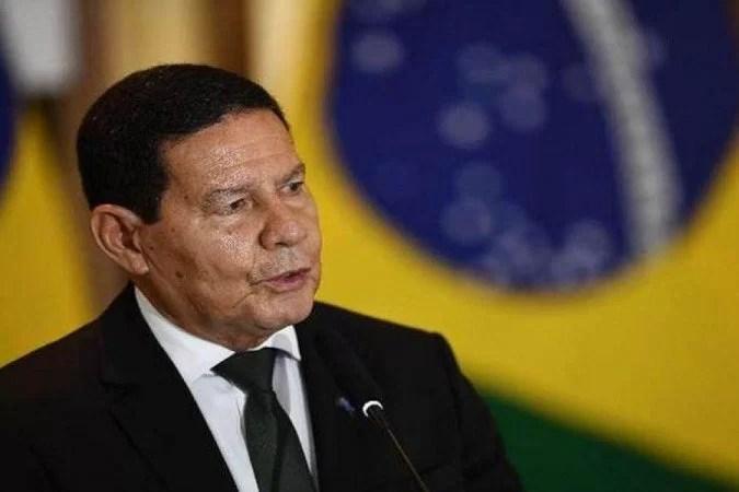 Read more about the article TSE julga nesta terça-feira duas ações contra a chapa Bolsonaro-Mourão