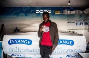 Read more about the article Cerveja não tem vez em Ruanda: leite é o hit nos bares e encontros