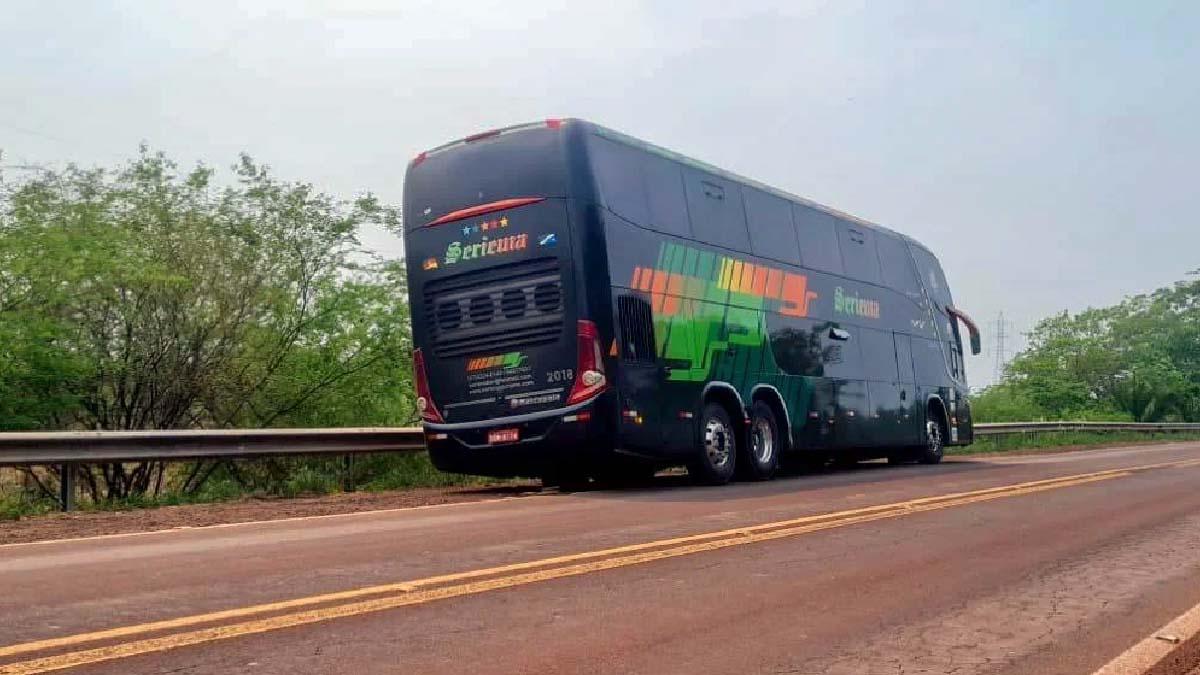 Read more about the article Ônibus da Buser com 42 passageiros se envolve em acidente na BR-262