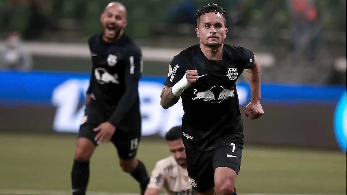 You are currently viewing Em casa, Palmeiras sofre revés e perde de 4 para o Bragantino