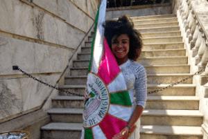 Manguinhos terá Dany Fogacinha como Rainha da escola no desfile de 2022