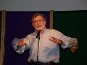Dan Keding telling a story