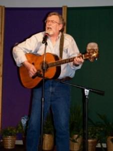 Dan Keding singing