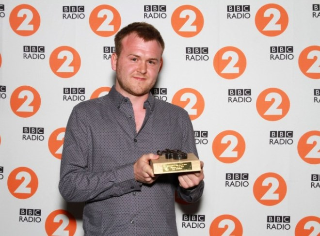 A huge folking well done to BBC Radio 2 Folk Award 2015 Musician Of The Year winner, SAM SWEENEY. The boy wonder has done good! Photo courtesy of the BBC.