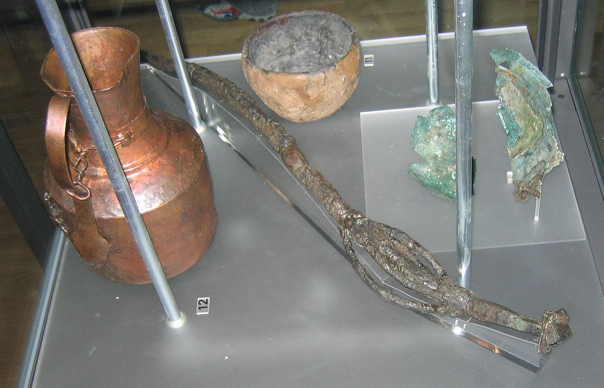 Finds from a Vǫlva's grave in Köpingsvik, Öland, include an 82 cm long wand of iron incorporating bronze details and a unique model of a house. By Berig - GFDL, https://commons.wikimedia.org/w/index.php?curid=3604654