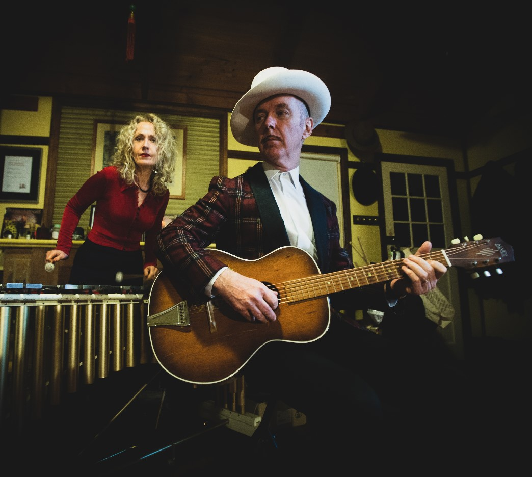 Dave Graney and Clare Moore play The Jade