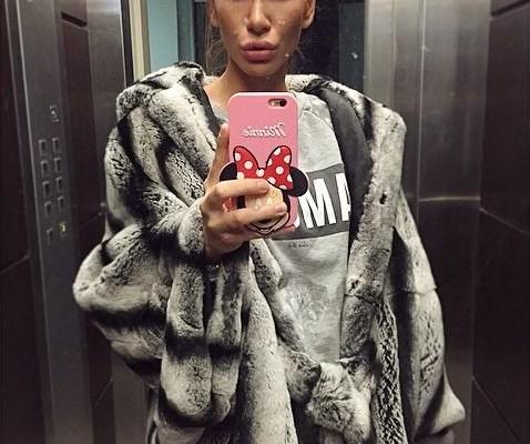 nikolija jovanovic selfi u liftu
