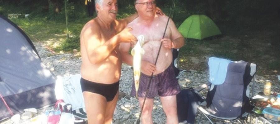 bosanac i beslic na pecanju