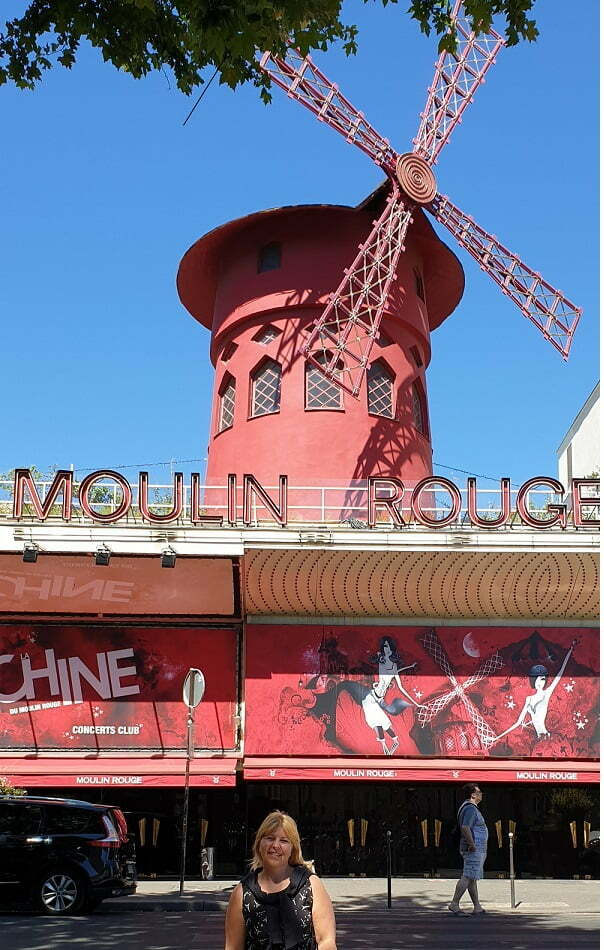 moulin-rouge-a-montmartre