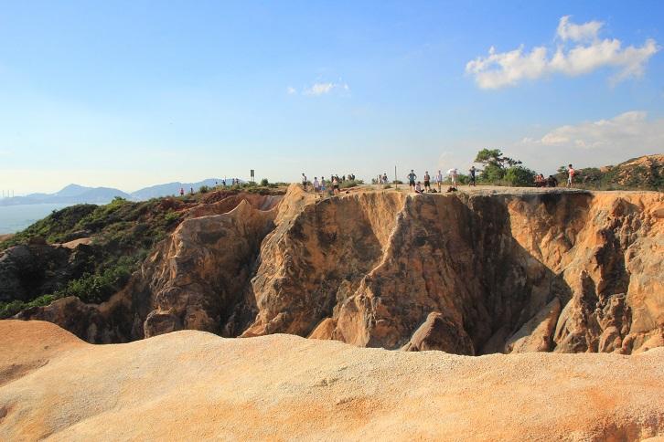 良田坳峽谷 (菠蘿山) Leung Tin Au Valley