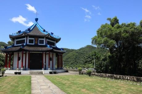 聖殿是呈八邊形的古典建築物