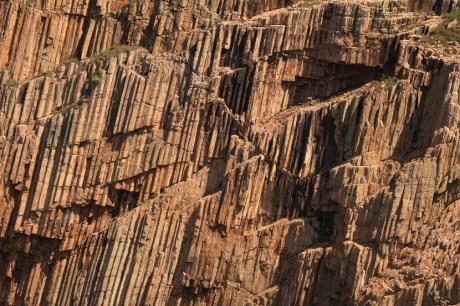 海上宮殿的石柱