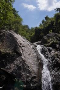 石澗內有不少精彩瀑潭