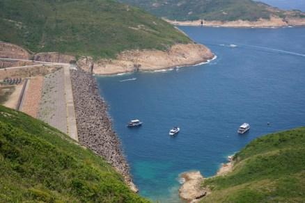 東壩的防波堤