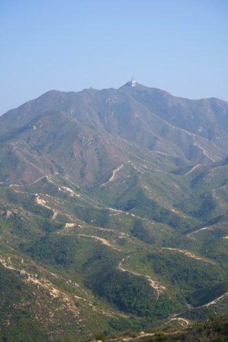 重巒疊嶂的青山