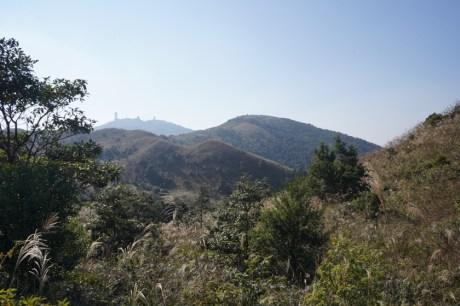 燕岩頂望四方山