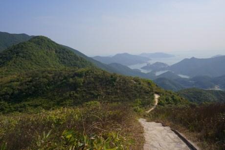山下的大潭風景