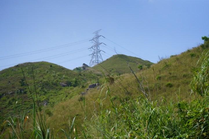 電塔便是山頂位置