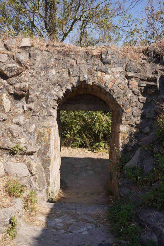炮台的城門